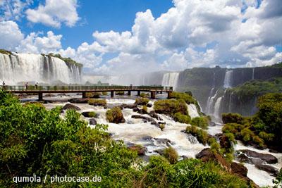 Die Iguazú-Wasserfälle zwischen Argentinien und Brasilien